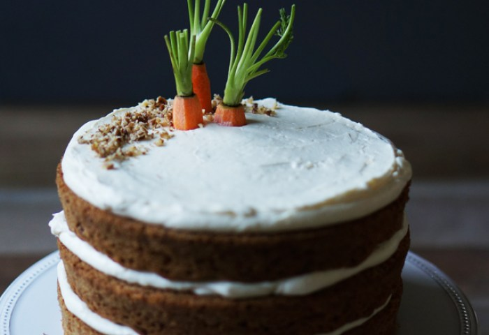 Carrot Cake With Ginger Cream Cheese Frosting Honestlyyum