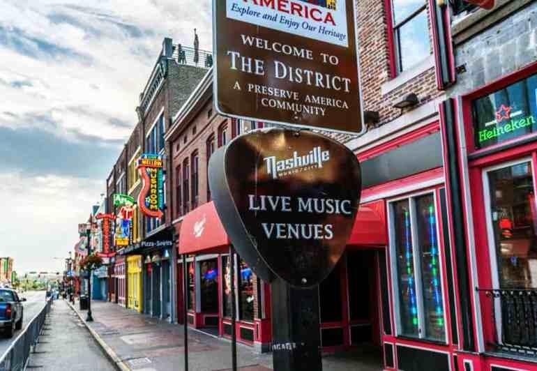 Nightlife, Living in Nashville