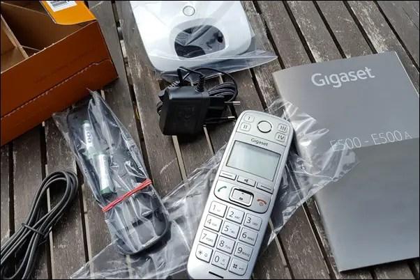 Gigaset Telefon E500 und Freisprech-Clip L410