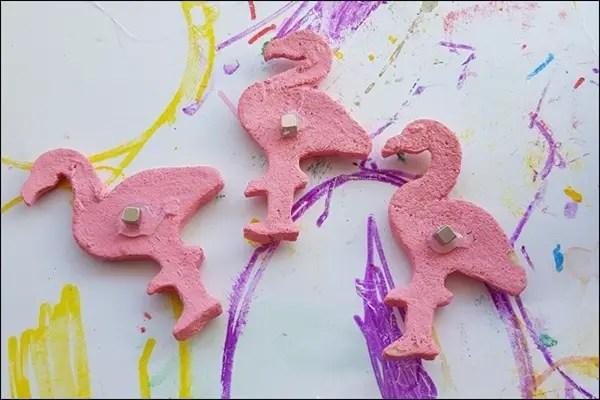 Flamingo Kühlschrankmagnete basteln aus Salzteig