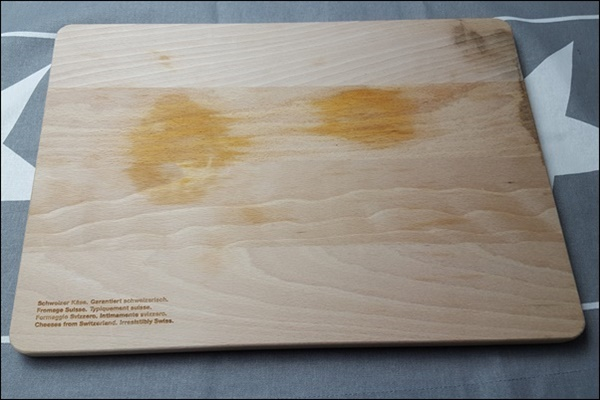 Küchenbrettchen upcyceln mit Tafelfarbe & Handlettering bemalen