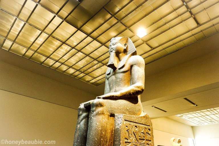 king-rameses-statue-louvre-museum