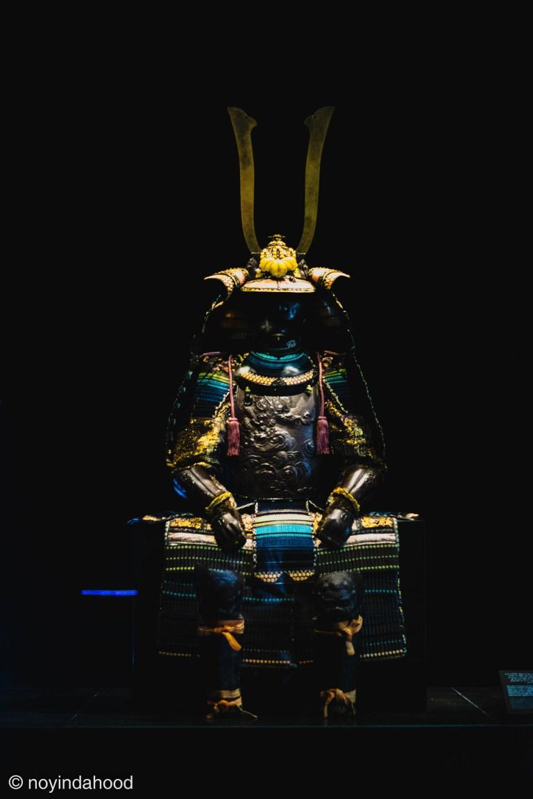 complete-traditional-armor-Japanese-samurai