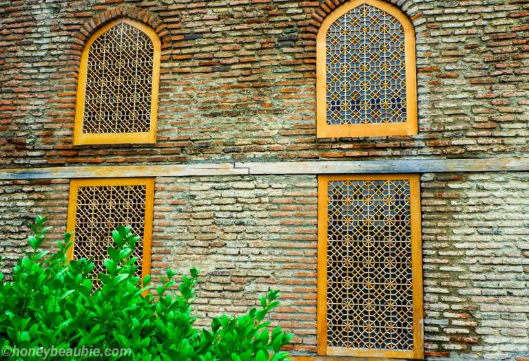 windows-architecture-design-batonis-tsikhe-fortress-castle-telavi