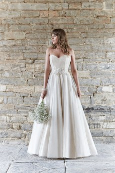 So Sassi Alanis cappuccino wedding dress