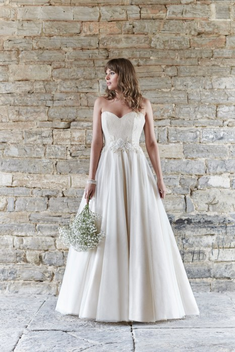 So Sassi Alanis cappuccino wedding dress