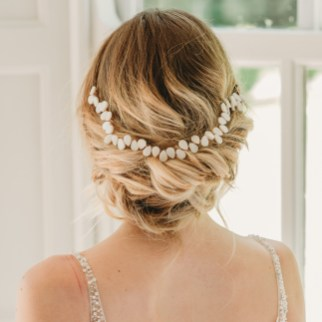 Handmade pearl bridal hair vine - Averie