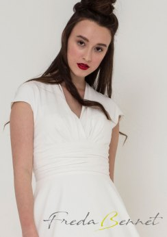 Freda Bennet Stella wedding gown