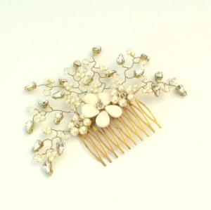 Wedding headpiece wedding haircomb - Daisy