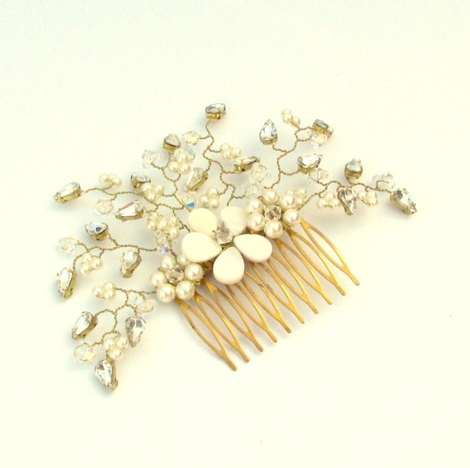 wedding-headpiece-wedding-haircomb-hair-vine-daisy3