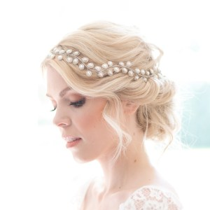 Wedding hairvine with pearls - Auralia