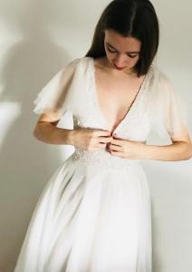 Freda Bennet Nella wedding gown