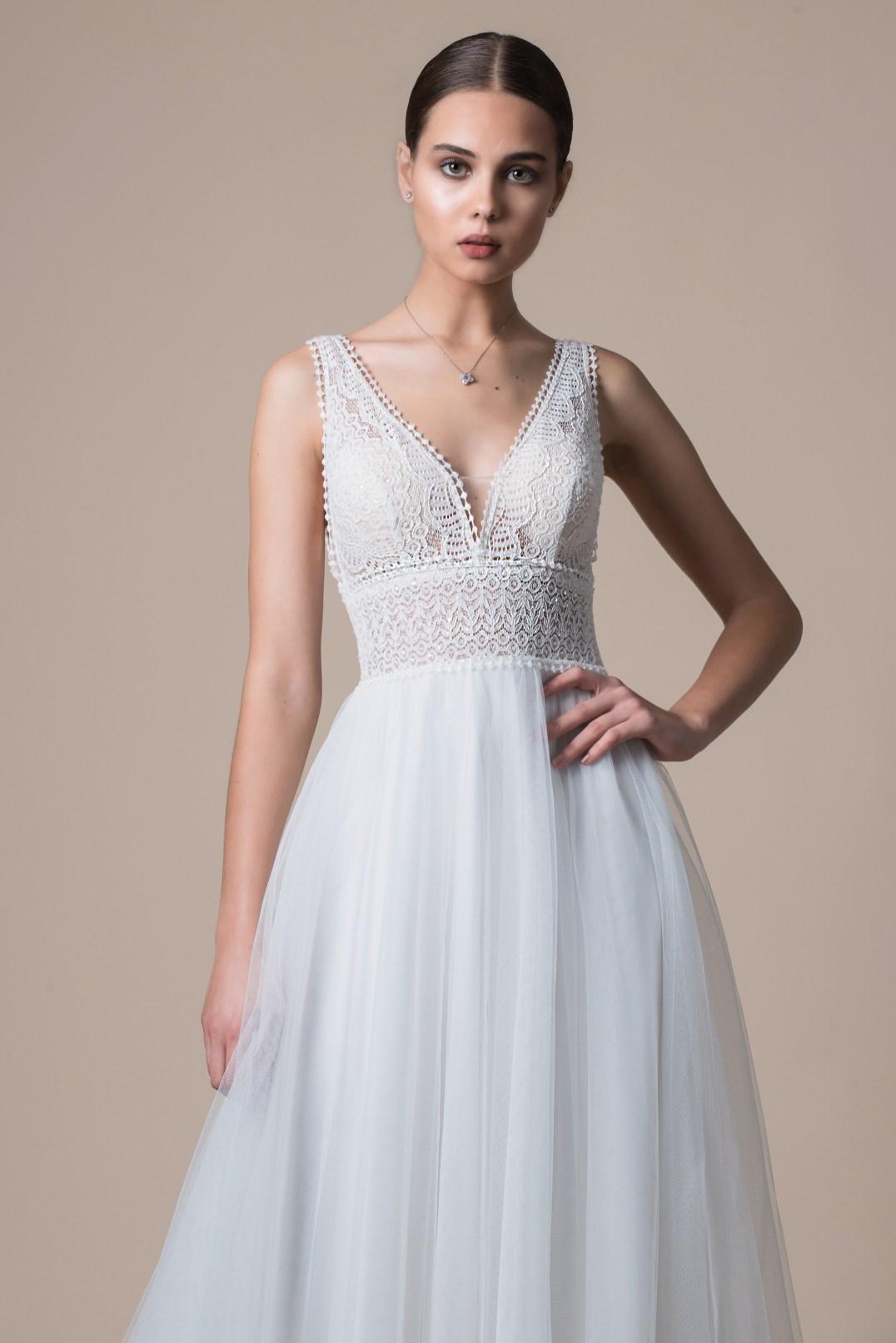 MiaMia McKenzie wedding dress