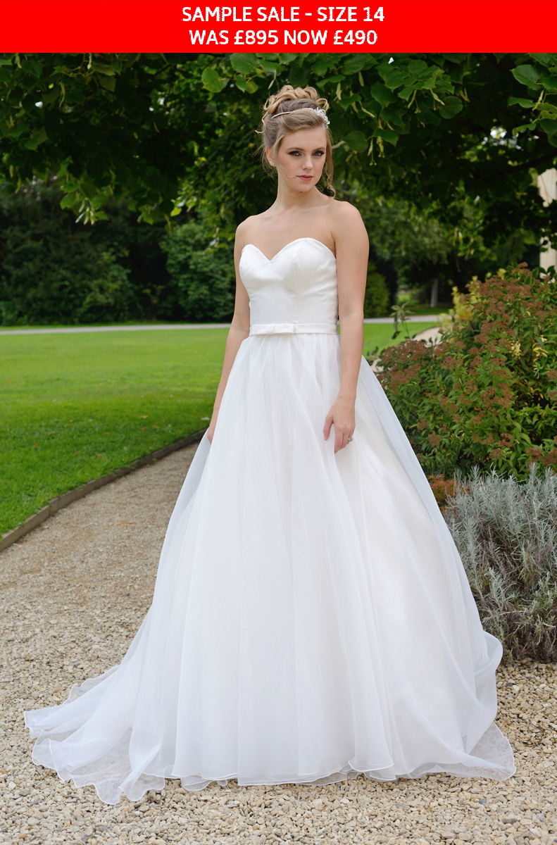 GAIA Annabel wedding dress sample sale