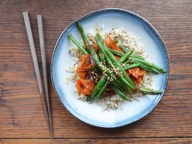 Sweet and Sticky Green Bean Stir Fry