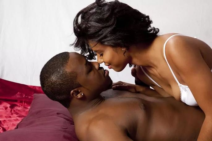 Love spell chants for building a strong relationship in Uganda