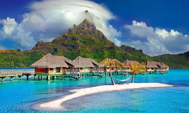 Bora Bora VS. The Maldives: Where to go on your Honeymoon