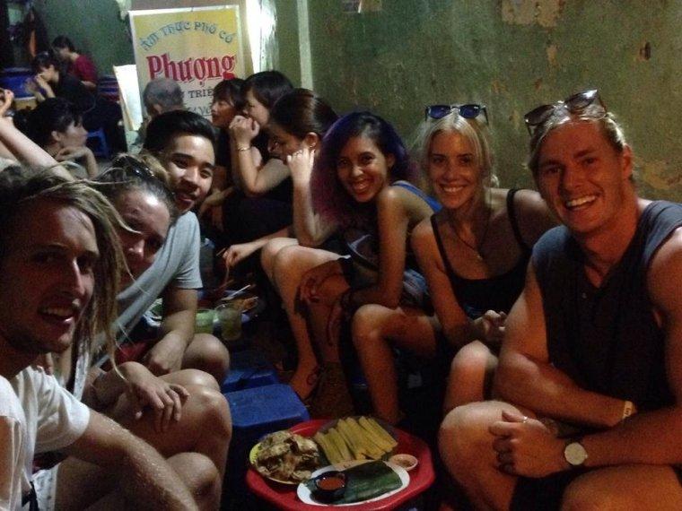 street food tour backpacking hanoi