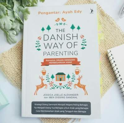 buku-parenting-bukan-hanya-tentang-anak-honeymoonjournal-dotcom