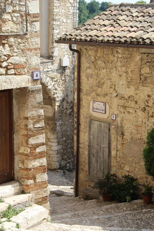Street corner Borgo di Labro