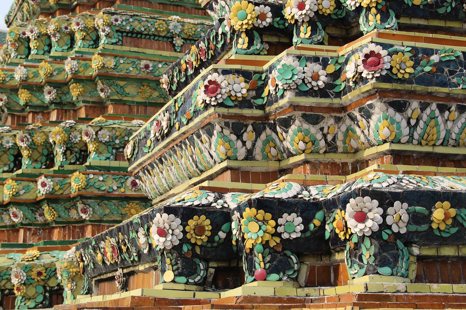 Flower decorations of a stupa in Bangkok Wat Pho
