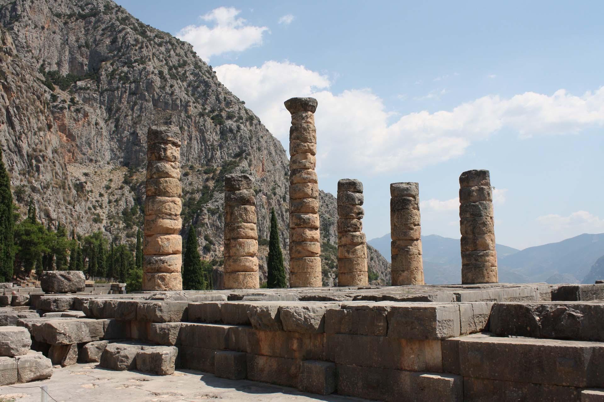 Temple d'Apollon de Delphes