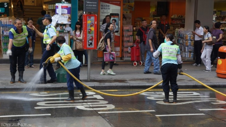 Mong Kok occupy cleaning streets