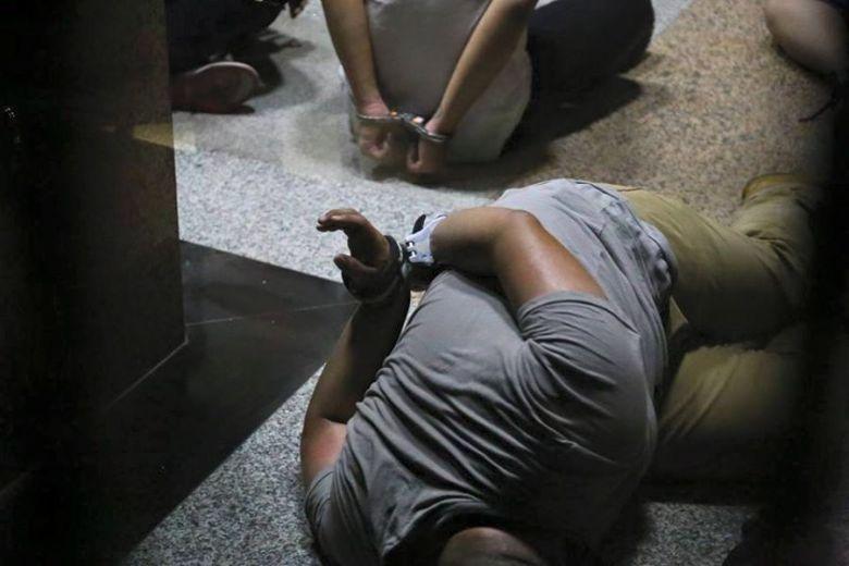 taiwan students arrest