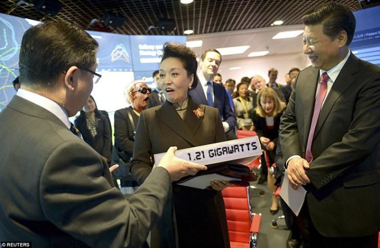 Peng Li yuan with giant battery