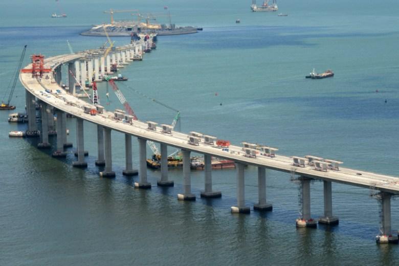hk-zhuhai-macau-bridge-construction-2