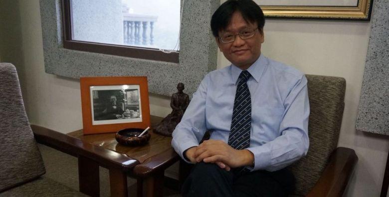 Prof. Leo Cheung Kam Ching.