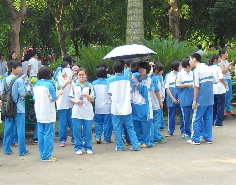 School uniforms in China