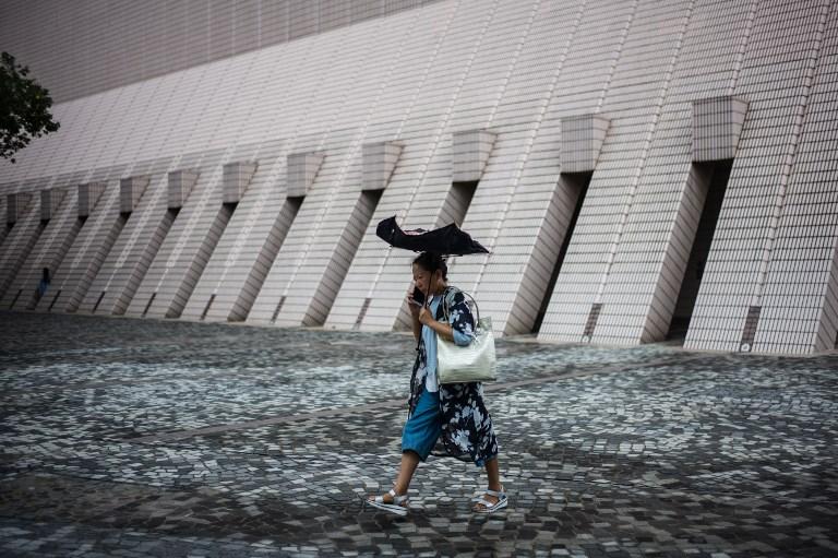hong kong storm typhoon