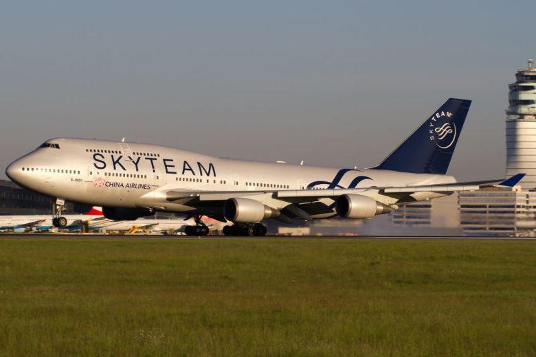 China Airlines Boeing 747 Vienna Airport