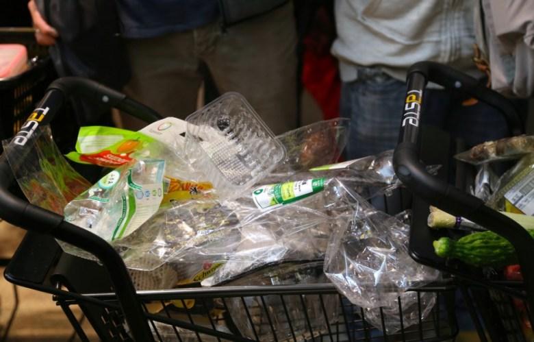 plastic attack supermarket