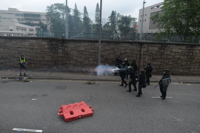 tear gas police journalist
