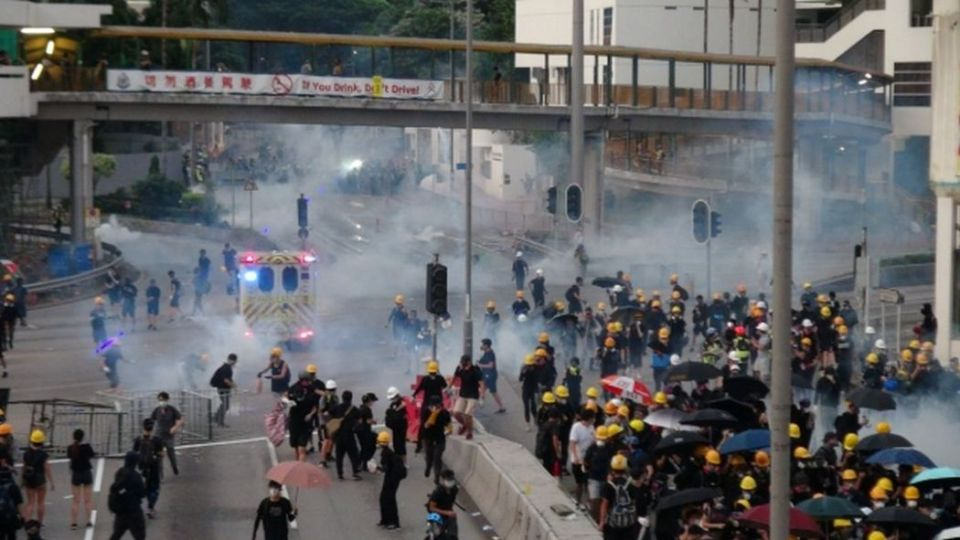 august 5 tsuen wan police protest