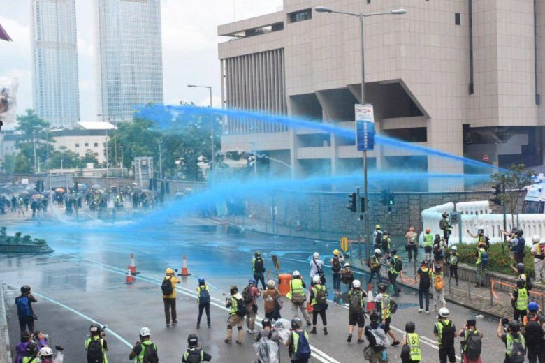 august 31 china extradition admiralty (12) blue dye water cannon canon