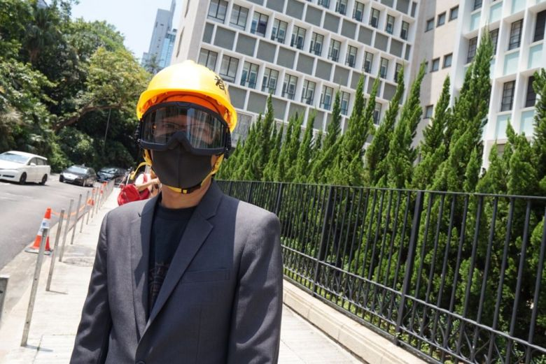 Hong Kong lawyers march protest