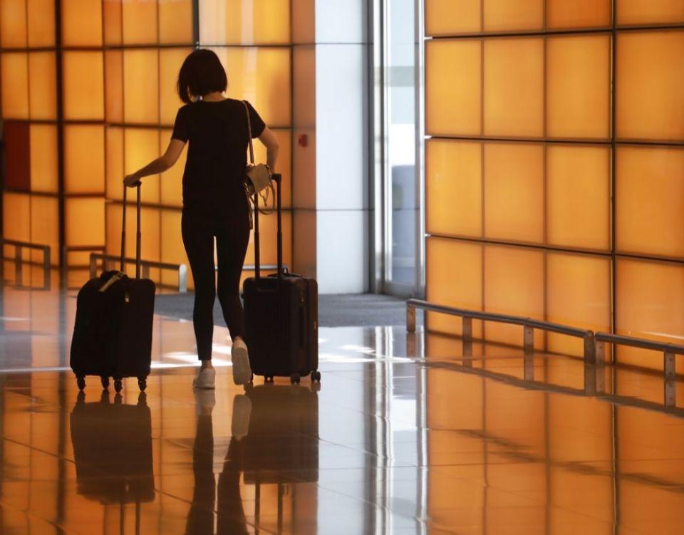 traveller HK AIRPORT