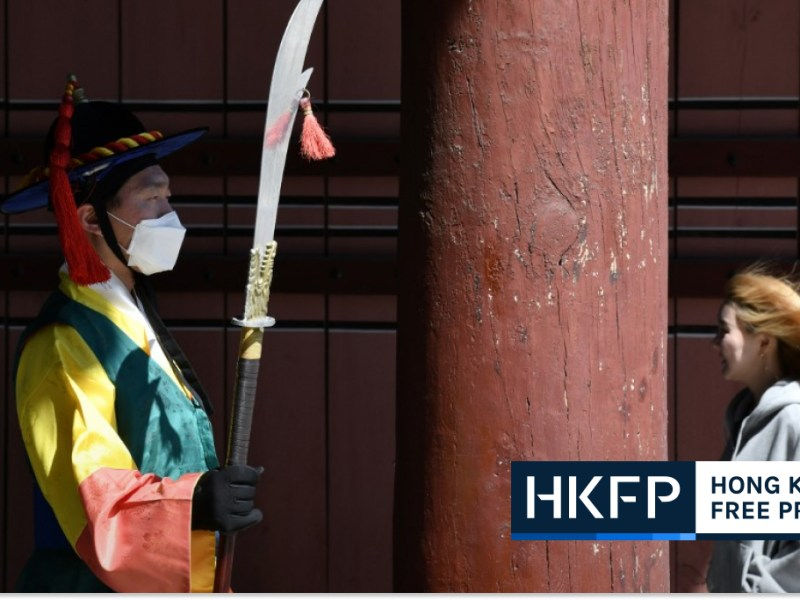 Pain, solitude, fear: stories of surviving COVID-19 afp