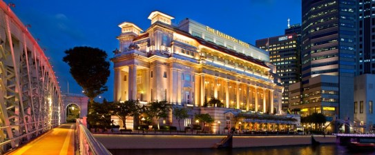 Facade_evening_-_The_Fullerton_Hotel_Singapore_160811dd3c2b