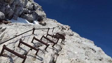 Bereue es nicht den Berg zu besteigen