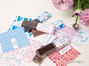 Geschenkideen: eine Merci-Schokolade. Eine Anleitung wie man sie mit Sprüchen bedruckt.