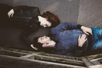 Mann und Frau haben Bindungsangst