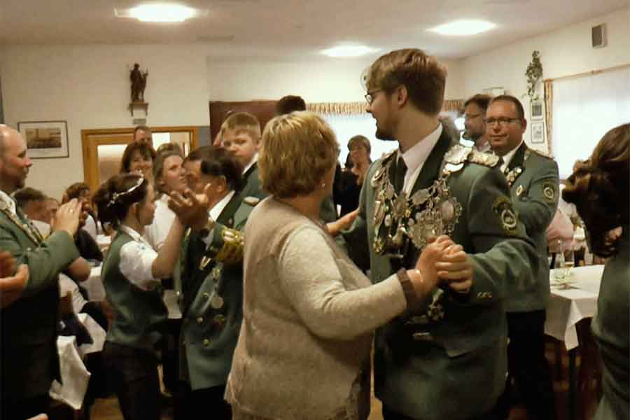 Tobias Gilbert ist neuer St. Hubertus-Schützenkönig