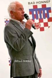 Seniorenvertretung 11 - 1. Bad Honnefer Seniorenvertretung gewählt - Eiche in Rommersdorf gepflanzt