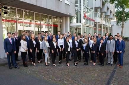 Azubis KSK 2019 aus REK Foto KSK - Kreissparkasse Köln begrüßt 44 neue Azubis im Rhein-Sieg-Kreis