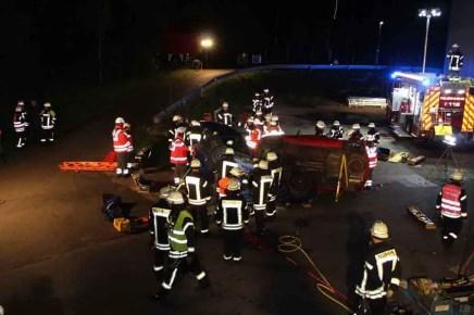 Gemeinsame Uebung 1 - Rettungskräfte Rheinbreitbach und Bad Honnef: Gemeinsam sind wir stark