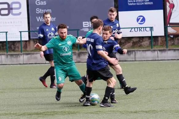 HFV2 Hertha Rheidt2 13 - HFV 2 besiegte Hertha Rheidt 2 in der letzten Spielminute
